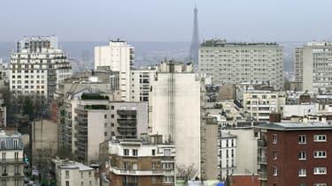 """En Ile-de-France, l'essor énergivore des """"data centers"""" fait grincer des dents"""