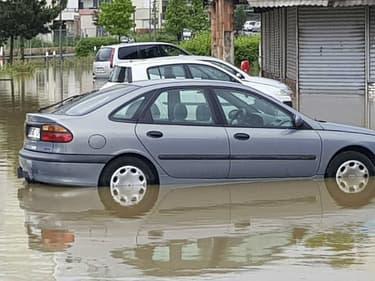 Une voiture qui a pris l'eau n'est pas forcément irrécupérable.
