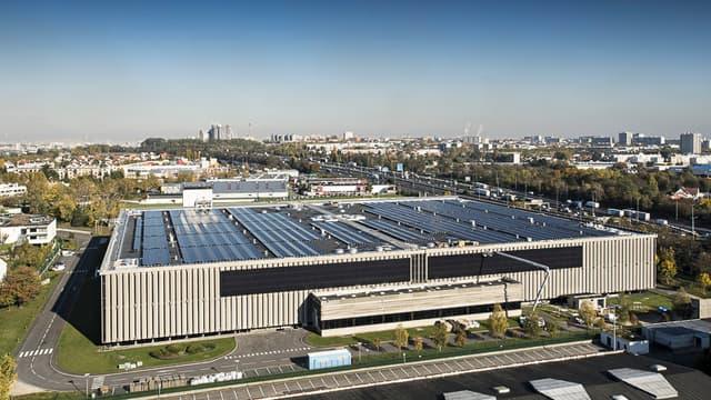 C'est à l'occasion d'importants travaux d'étanchéité à réaliser sur le toiture, que l'idée d'implanter une centrale photovoltaïque a germé.
