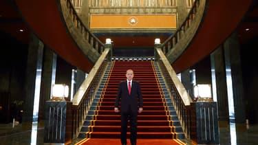 Recep Tayyip Erdogan dans son nouveau palais, à Ankara, en octobre 2014.