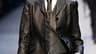 """Chapeau melon vissé sur la tête et tenues en cuir sont de rigueur pour l'hiver prochain chez Hermès, pour qui le couturier Jean-Paul Gaultier a dessiné un vestiaire """"very english"""". /Photo prise le 10 mars 2010/REUTERS/Benoît Tessier"""