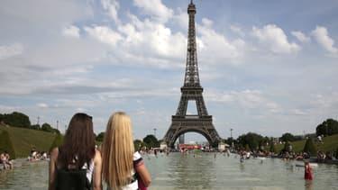 Les touristes sont de retour à Paris.