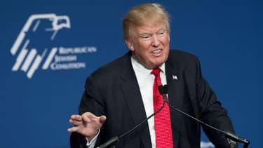 Donald Trump en meeting à Washington en décembre 2015