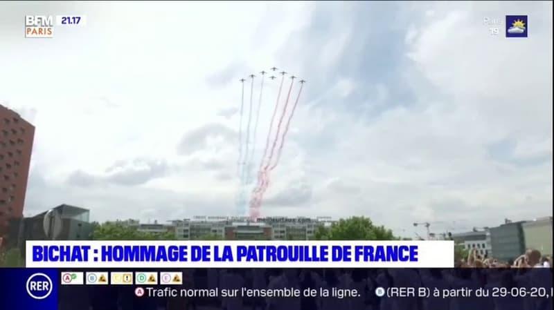 Paris: la patrouille de France a survolé l'hôpital Bichat pour rendre hommage aux soignants