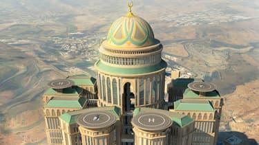 L'hôtel, Dar al-Handasah, le plus grand du monde, va être inauguré en 2017 à La Mecque, en Arabie-Saoudite.