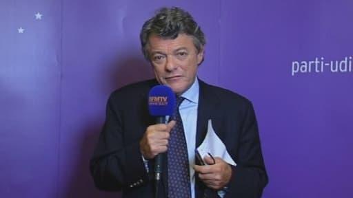 Jean-Louis Borloo, président de l'UDI, répondant dimanche soir aux questions de BFMTV