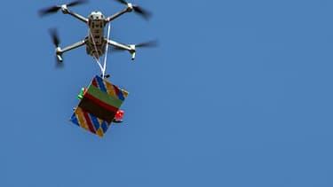 L'autorité américaine de l'aviation a accordé sa première autorisation de service de livraison par drones à Google.