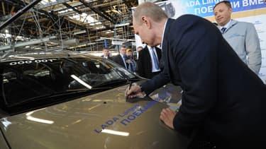 Poutine dans une usine d'Avtovaz.