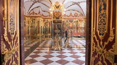 La salle des bijoux du musée historique de la Voûte verte, dans le Palais royal de Dresde, à l'est de l'Allemagne