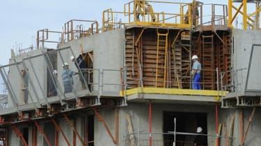 Selon le Medef, la construction de 500.000 logements génèrerait 1 point de croissance.