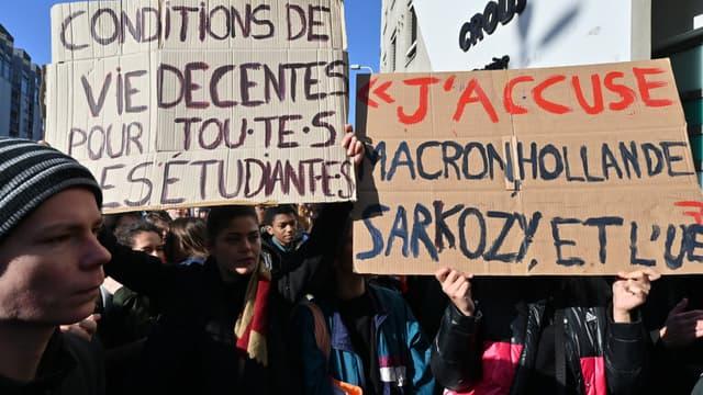 Une manifestation étudiante à Lyon, mardi 12 novembre 2019.