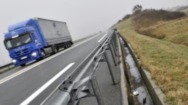 Cinq Français dont trois mineurs, tous d'une même famille, ont trouvé la mort dans un choc frontal de leur voiture avec un camion dans le nord de l'Espagne, à environ 90 kilomètres de Bilbao