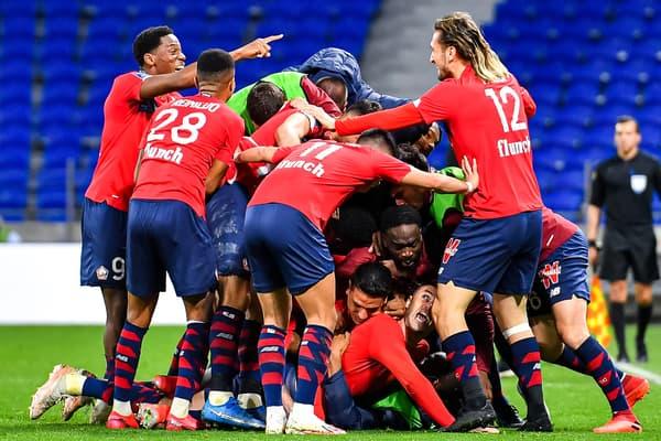 Explosion de joie des Lillois sur le deuxième but de Yilmaz contre Lyon.