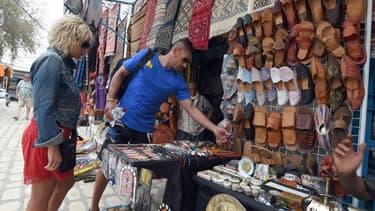 En Afrique du Nord, le marchandage peut vous permettre d'obtenir un rabais de 50% par rapport au prix d'origine.