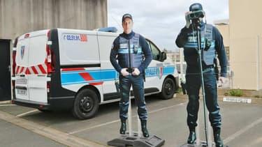 Aux Herbiers (Vendée), la police municipale installe de policiers leurres pour faire ralentir les automobilistes.