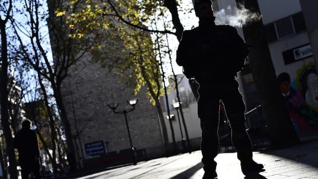 Un militaire dans le 20e arrondissement de Paris (photo d'illustration)