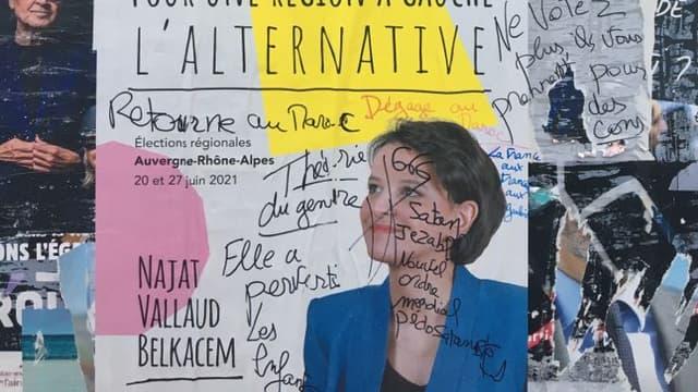 Des affiches de Najat Vallaud-Belkacem ont été recouvertes de tags haineux à Bron.