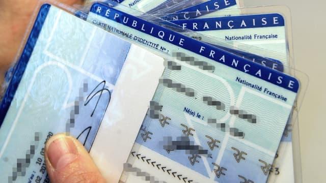 Cartes d'identité (image d'illustration)