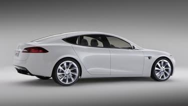 Elon Musk va tester sa Tesla