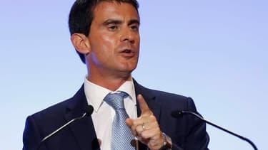Manuel Valls considère que les chiffres de la croissance du troisième trimestre doivent inciter le gouvernement à poursuivre sa politique économique.