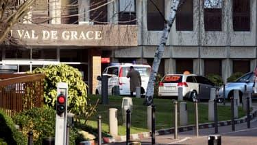 L'entrée de l'hôpital militaire du Val de Grâce situé dans le 5e arrondissement de Paris