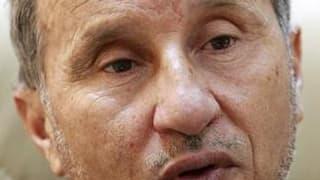 Moustafa Abdeljeïl, qui dirige le Conseil national de transition (CNT) mis en place par les insurgés libyens, a annoncé mercredi que la proposition faite à Mouammar Kadhafi de pouvoir rester en Libye s'il démissionnait n'était plus d'actualité. /Photo pri