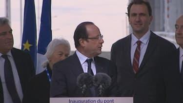 François Hollande lors de son discours d'inauguration du pont Jacques- Chaban-Delmas à Bordeaux, samedi 16 mars