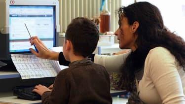 Apprentissage de l'informatique. (Photo d'illustration)