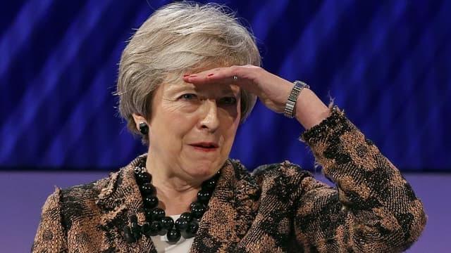 La Première ministre Theresa May à la convention du patronat patronat britannique mardi 19 novembre à Londres