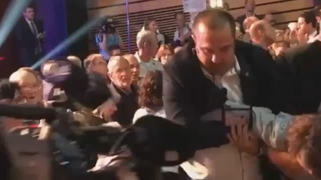 Incidents durant le meeting de Marine Le Pen à Ajaccio samedi 8 avril.
