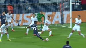 Le but d'Idrissa Gueye lors de PSG-Manchester City