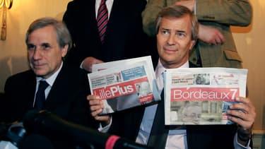 Jean-Marie Colombani et Vincent Bolloré présentant leur accord dans la presse gratuite en 2007