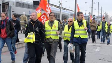 Les syndicats de cheminots ont exprimé leur mécontentement vis-à-vis du projet de transformation de la SNCF.