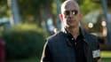 Le PDG d'Amazon, Jeff Bezos, star de la publicité du Super Bowl