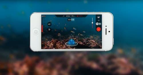 Sur l'écran d'un smartphone ou d'une tablette, le pilote voit les fonds, mais a aussi accès aux données techniques du drone.