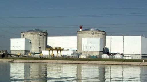 François Hollande s'est engagé à fermer la centrale nucléaire de Fessenheim, dans le Bas-Rhin, avant la fin 2016.