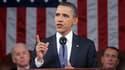 Lors de son discours sur l'état de l'Union, Barack Obama a poursuivi son prudent virage au centre de l'échiquier politique américain en reprenant certaines mesures soutenues par les républicains. /Photo prise le 25 janvier 2011/Monsivais/Pool