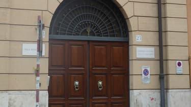 L'entrée de la Villa Bonaparte, la mission diplomatique française près du Saint-Siège, à Rome.