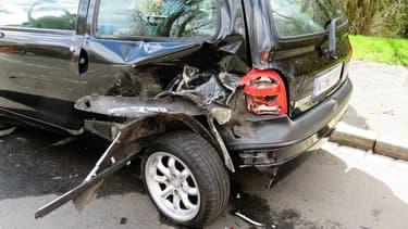 Il y aura toujours des accidents, comme de petits impacts, ou de plus gros dégâts, car une voiture autonome dérape sur le verglas et finit dans le fossé.