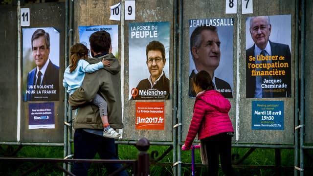 Les affiches de campagne de quelques uns des candidats à la présidentielle. (photo d'illustration)