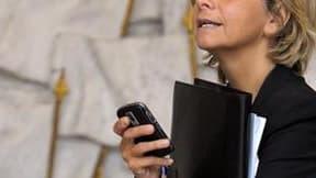 La ministre du Budget, Valérie Pécresse, estime que les propositions de Martine Aubry pour réduire l'endettement de la France relèvent de l'imposture. /Photo prise le 7 juillet 2011/REUTERS/Philippe Wojazer