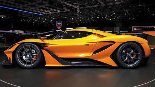 Gumpert fait son grand retour Genève sous le nom d'Apollo, et apporté ce superbe supercar Arrow avec lui.