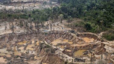 Une mine d'or illégale dans la région de Madre de Dios, dans le sud du Pérou