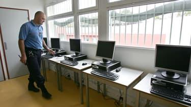Une salle informatique à la prison pour mineur de Marseille, en 2007 (PHOTO D'ILLUSTRATION).
