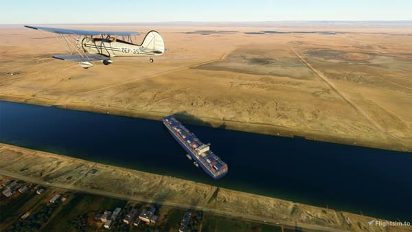 La réplique du porte-conteneur bloqué dans le canal de Suez