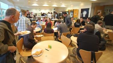 Être réuni dans un même espace pour déjeuner donnerait même à la cuisine d'entreprise des airs d'incubateur à idées