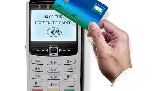 Il y avait près de 45 millions de cartes bancaires sans contact distribuées en août 2017, soit 68% du parc de cartes en France.