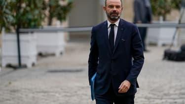Le Premier ministre Edouard Philippe arrive à Matignon pour une réunion avec des représentants syndicaux, le 19 décembre 2019