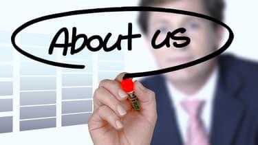 Bien gérer sa réputation en ligne passe notamment par une communication claire et officielle, faite sous les couleurs de l'entreprise.