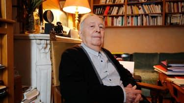 Marc Ferro chez lui à Saint-Germain-en-Laye (en 2015)